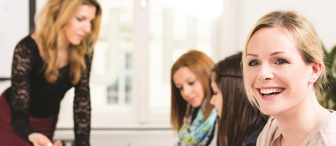 Deutschkurse für Weltakademie  STUDENTEN